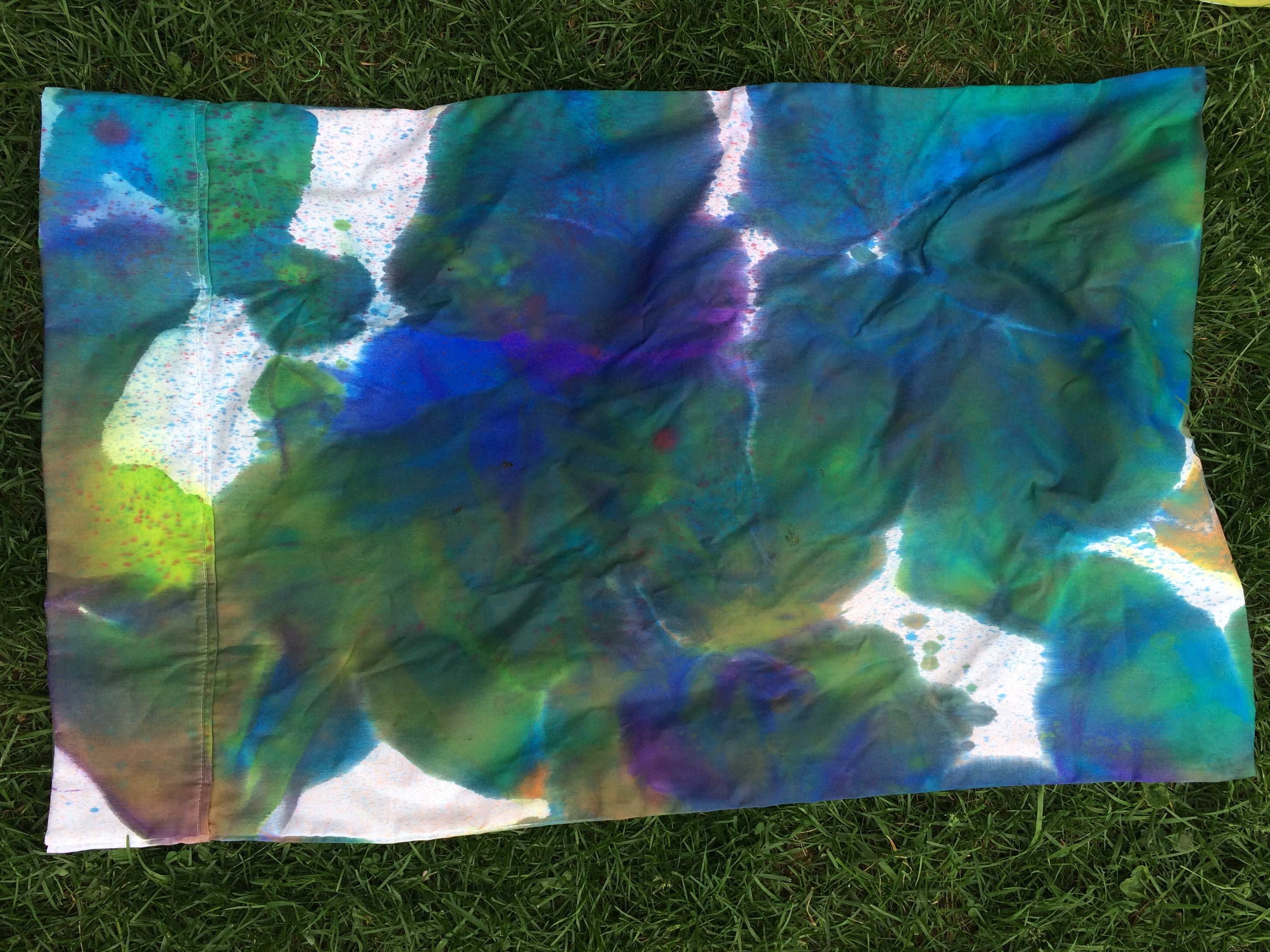Tie-Dye Pillowcases